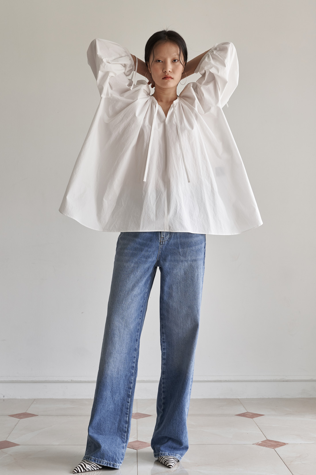 SHIRRING BLOUSE _ WHITE COTTON